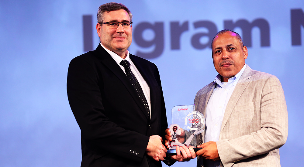 Aptec receives distributor of year award at Avaya Engage